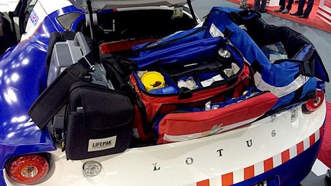 dubai-ambulance-04